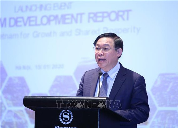 Phó Thủ tướng Vương Đình Huệ phát biểu tại hội nghị. Ảnh: TTXVN