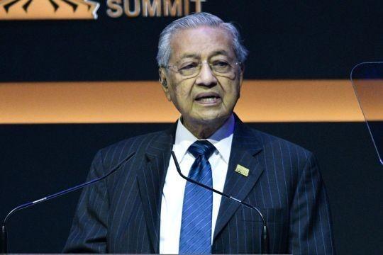 Thủ tướng Malaysia tuyên bố sẵn sàng từ chức. Ảnh: AFP