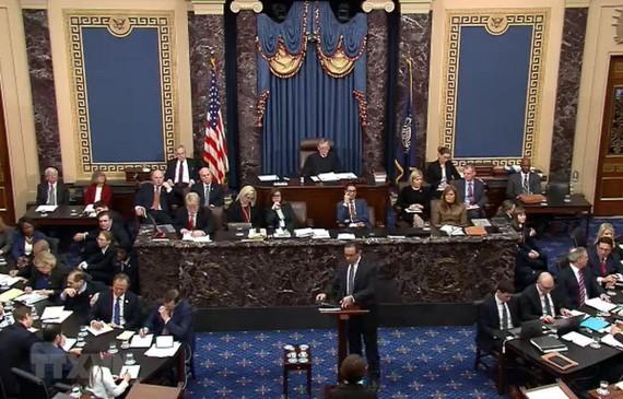 Toàn cảnh một phiên luận tội Tổng thống Donald Trump ở Thượng viện Mỹ, ngày 25-1 vừa qua. Ảnh: AFP/TTXVN