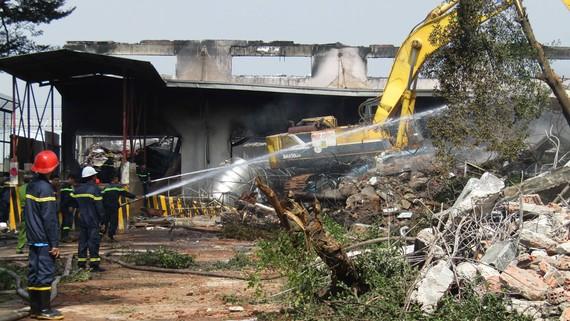Vụ cháy tại Công ty Chung An (Khu công nghiệp Việt Hương, TP Thuận An)