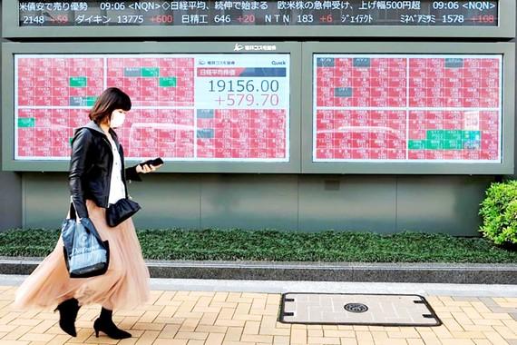 Thị trường chứng khoán châu Á khởi sắc trong ngày thứ hai liên tiếp.  Ảnh: Straits Times