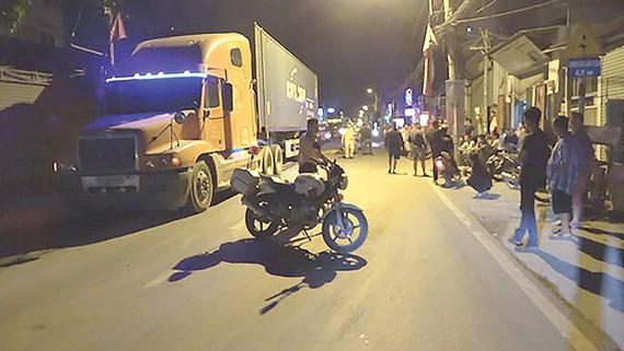 Một vụ tai nạn giao thông gây chết người trên đường Nguyễn Duy Trinh, quận 9, TPHCM