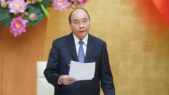 Thủ tướng Nguyễn Xuân Phúc phát biểu tại hội nghị trực tuyến. Ảnh: VIẾT CHUNG