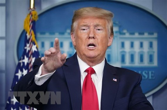 Tổng thống Mỹ Donald Trump phát biểu trong cuộc họp báo tại Nhà Trắng ngày 8-4-2020. Ảnh: AFP/TTXVN