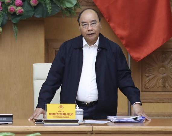 Thủ tướng Nguyễn Xuân Phúc chủ trì cuộc họp. - Ảnh: VGP