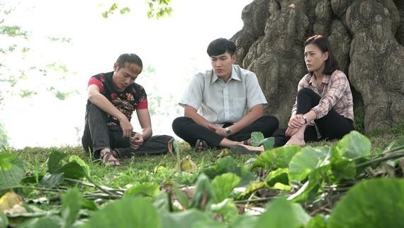 Cảnh trong phim Cô gái nhà người ta, bộ phim được khán giả yêu thích nhưng vẫn không thỏa mãn với cái kết chưa trọn vẹn  Ảnh do đoàn phim cung cấp