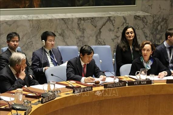 Đại sứ Đặng Đình Quý, Trưởng Phái đoàn Đại diện Thường trực Việt Nam tại Liên hợp quốc phát biểu tại một phiên thảo luận của Hội đồng Bảo an. Ảnh: TTXVN