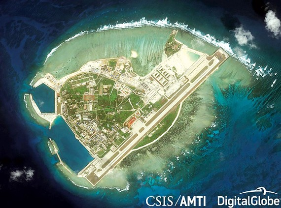 Đảo Phú Lâm thuộc quần đảo Hoàng Sa của Việt Nam bị Trung Quốc dùng vũ lực                                       chiếm đóng và cải tạo bất hợp pháp. Ảnh: CSIS/AMTI