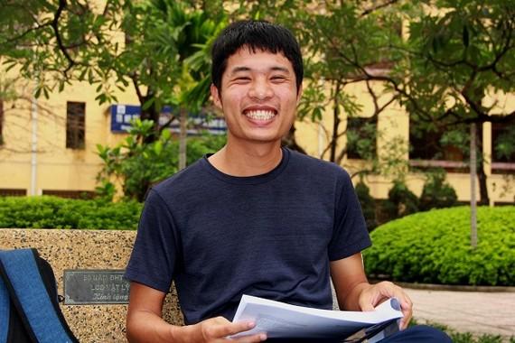 Nguyễn Văn Thế, sinh viên K61 Cử nhân khoa học tài năng Toán học. Ảnh: VNU