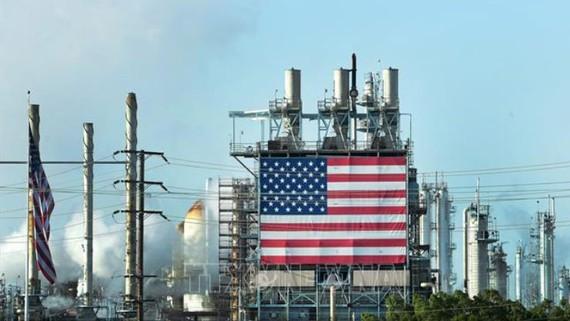 Cơ sở lọc dầu Wilmington của Mỹ ở Los Angeles, California, ngày 21-4. Ảnh: AFP/TTXVN
