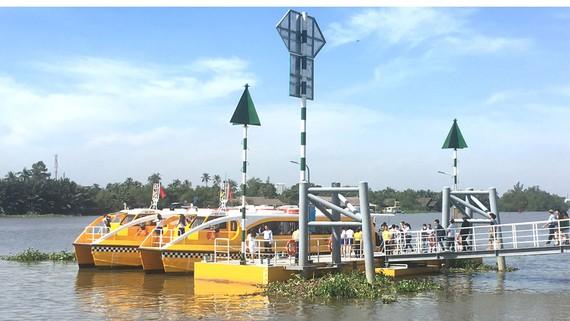 TPHCM sẽ nâng cấp các bến khách của tuyến buýt sông (Ảnh: Một bến đón trả khách của tuyến buýt sông trên địa bàn quận Thủ Đức). Ảnh: HÀ DỊU