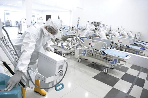 Trang thiết bị y tế thiếu hụt trầm trọng khắp nơi trên thế giới