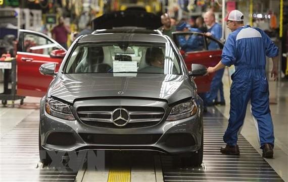 Mẫu xe C-Class của Mercedes-Benz. Ảnh: AFP/TTXVN