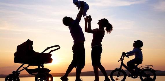 Nhiều chính sách hỗ trợ, khuyến khích các cặp vợ chồng sinh đủ 2 con