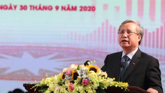 Đồng chí Trần Quốc Vượng, Uỷ viên Bộ Chính trị, Thường trực Ban Bí thư phát biểu. Ảnh:VGP