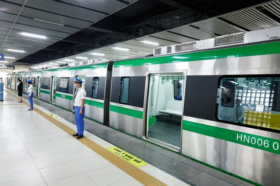 Tuyến Cát Linh-Hà Đông là dự án đường sắt đô thị đầu tiên được phép triển khai thí điểm tại Việt Nam. Ảnh: VGP