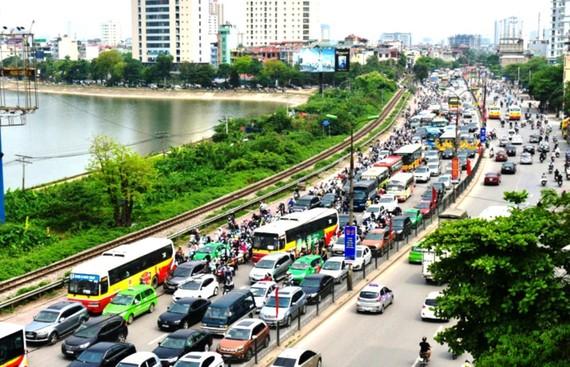 Ùn tắc giao thông tại đường vành đai 3 của Hà Nội trong dịp nghỉ lễ