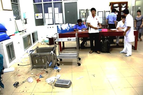 Theo Bộ Y tế, thời gian qua, tại một số cơ sở khám bệnh, chữa bệnh đã xảy ra tình trạng người nhà người bệnh, côn đồ hành hung nhân viên y tế