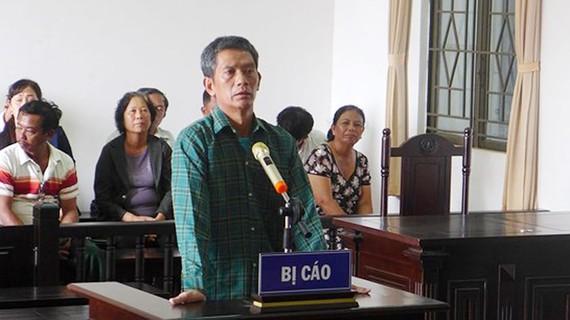 Bị cáo Phạm Quang Đạo tại phiên tòa xét xử sáng 5-6-2018