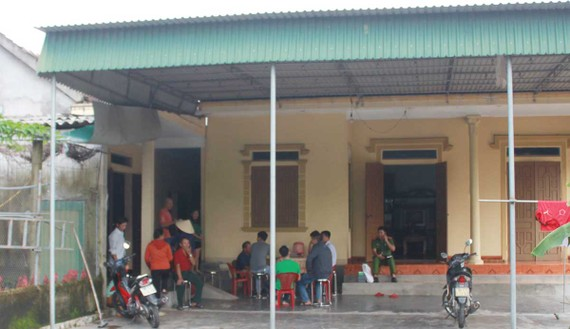 Một số gia đình ở huyện Can Lộc đang lo lắng vì mất liên lạc với người thân