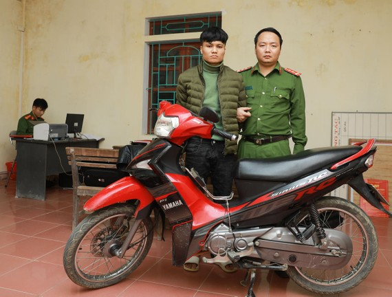 Đối tượng Thái Mạnh Giáp cùng phương tiện bị thu giữ