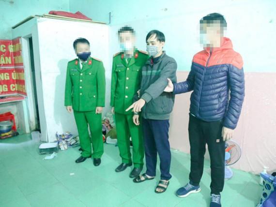 Phạm Quang Mậu tại hiện trường vụ án