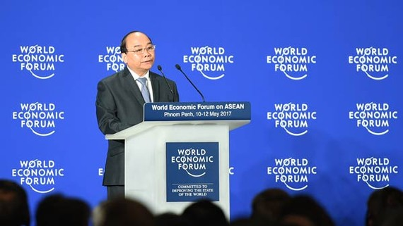 Thủ tướng Nguyễn Xuân Phúc phát biểu tại phiên khai mạc WEF-ASEAN. Ảnh: VGP/Quang Hiếu