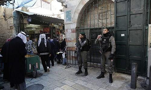 Quân đội Israel được tăng cường ở Jerusalem. Ảnh: AP