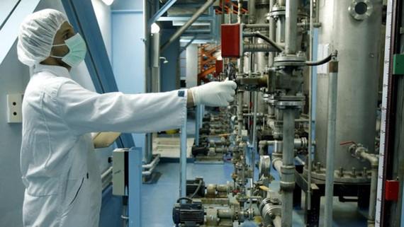 Một nhà máy hạt nhân ở Isfahan, Iran