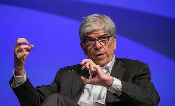 Nhà kinh tế trưởng của Ngân hàng Thế giới Paul Romer đã nộp đơn xin từ chức