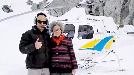 Cụ bà 88 tuổi mê du lịch