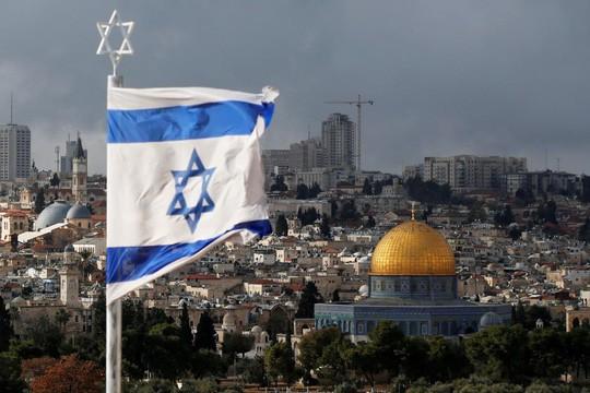 Mỹ rời đại sứ quán về Jerusalem sớm hơn dự kiến. Ảnh: REUTERS