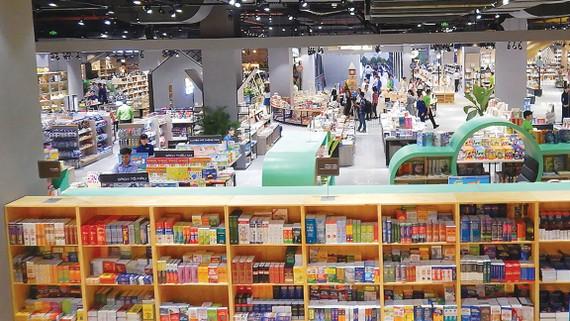 Nhà sách Phương Nam gây ấn tượng với mô hình Thành phố sách