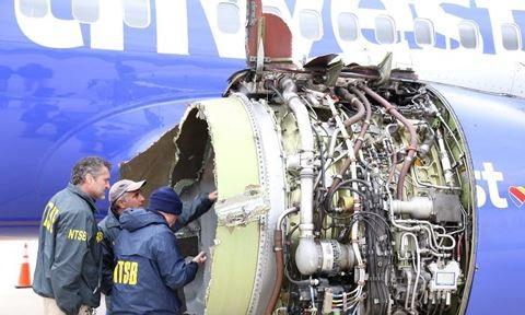 Động cơ máy bay Boeing 737 của hãng hàng không Southwest Airlines sau vụ tai nạn