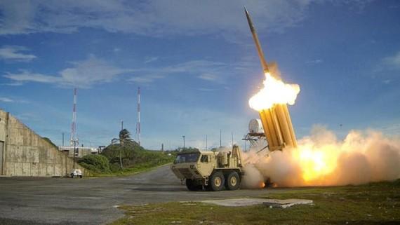 Hệ thống phòng thủ tên lửa tầm cao giai đoạn cuối (THAAD). Ảnh: REUTERS