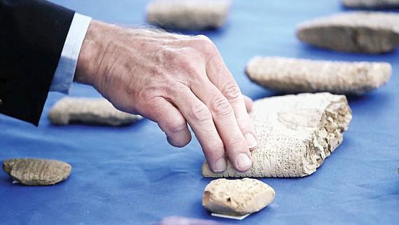 Mỹ trao trả Iraq hàng ngàn cổ vật