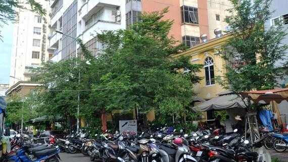 Hiện trạng khu đất số 6 Thái Văn Lung, quận 1           Ảnh: CAO THĂNG
