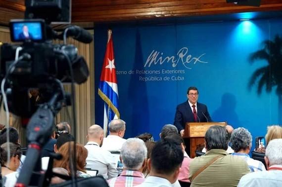 Ngoại trưởng Cuba lên án bản chất bất hợp pháp của Luật Helms-Burton. Nguồn: NNOC