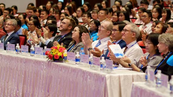 Đại biểu và khách mời tham dự Phiên khai mạc. Ảnh: tdtu.edu.vn
