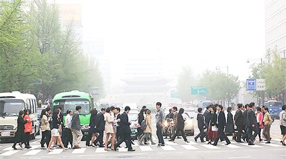 Ô nhiễm không khí do bụi mịn đang ngày càng trở nên nghiêm trọng tại Seoul, Hàn Quốc