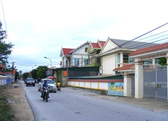 Nhờ đi XKLĐ hợp pháp, người dân xã Đô Thành (huyện Yên Thành, tỉnh Nghệ An)  có nhà cửa khang trang. Ảnh: DUY CƯỜNG