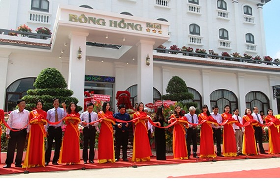 Khách sạn Bông Hồng là 1 trong 2 khách sạn đạt chuẩn 3 sao ở Đồng Tháp