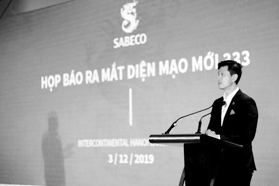 Ông Bennett Neo - Tổng Giám đốc SABECO phát biểu tại họp báo