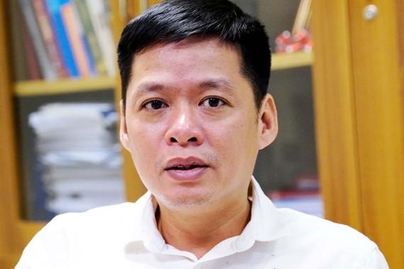 Ông Nguyễn Tư Long,  Phó Vụ trưởng Vụ Công chức - Viên chức (Bộ Nội vụ)