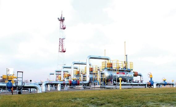 Đường ống dẫn dầu của Nga đến châu Âu đi qua Ukraine                                                                                             Ảnh: Gazprom.ru