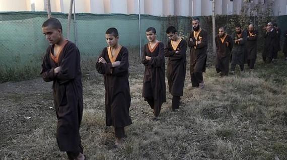 Rất nhiều chiến binh IS bị bắt giữ lần này là người nước ngoài. Nguồn: AP