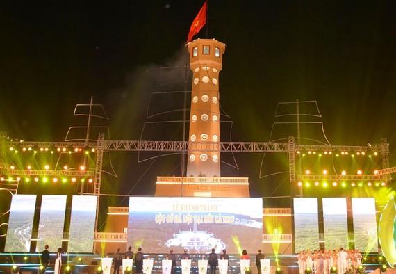 Khánh thành Cột cờ Hà Nội tại Mũi Cà Mau
