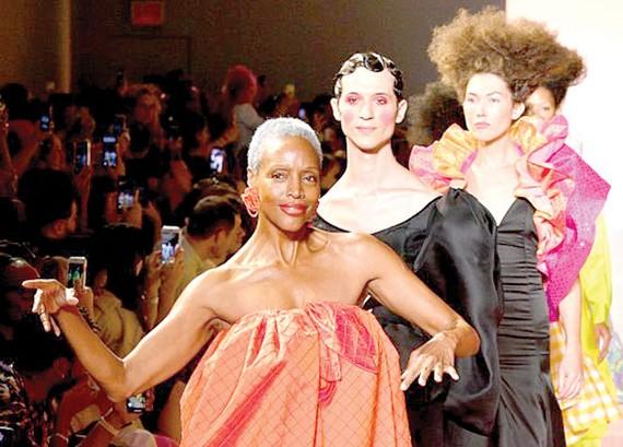 Tuần lễ thời trang New York bị ảnh hưởng do dịch bệnh