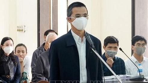 Bị cáo Đặng Anh Tuấn nghe Hội đồng xét xử tuyên án. Ảnh: TTXVN