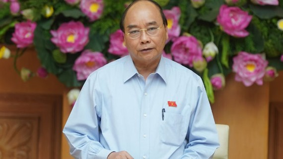 Thủ tướng Nguyễn Xuân Phúc phát biểu tại cuộc họp. Ảnh: VGP